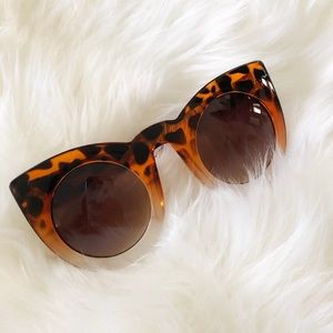 Accessories - Tortoise Sunnies -Beverly Hills Feels Coco Cherice